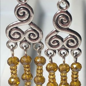 Earrings pair of 2 Wire Crystals Swirls Gold tones